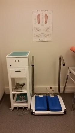 Semelles orthopédiques (orthèses plantaires) réalisées sur mesure en thermomoulage Adeline Le Franc centre PCNA