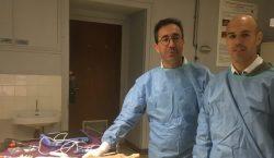 Dr Ronny LOPES et Dr Cyril PERRIER en développement de matériel de chirurgie du pied